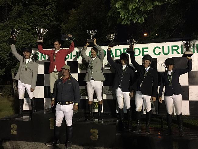 podio classico curitiba650