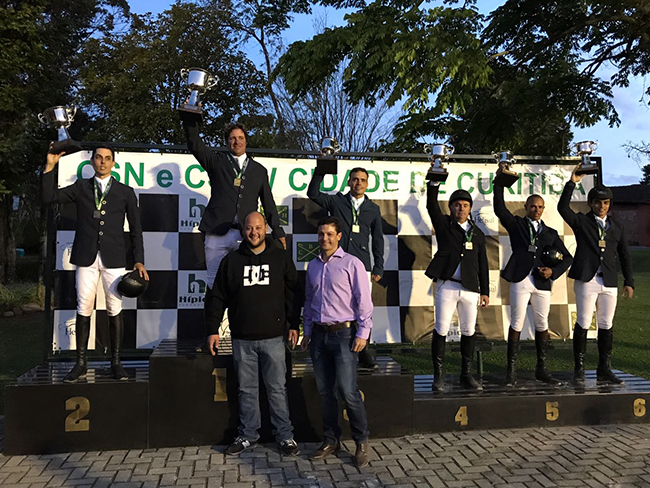 podio gp curitiba650