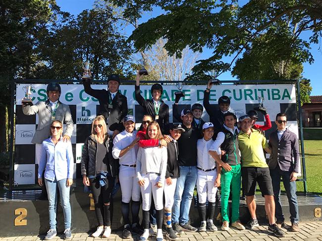 podio ouro curitiba650